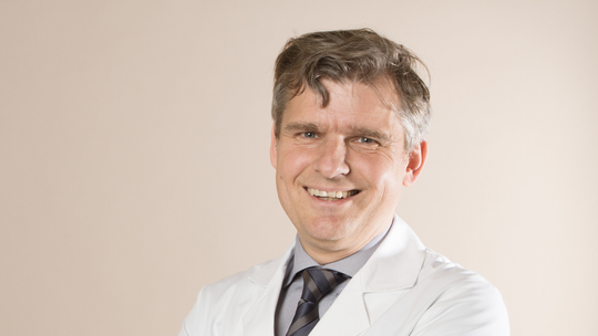 PD Dr. med. Jochen Binder, Urologist (FMH) - Focus on operative Urology