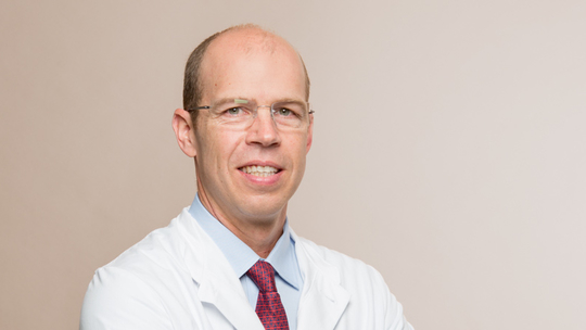 Scott Putman, MD (USA), Urologist (FMH) - Focus on operative Urology, Diplomate European Board of Urology, Diplomate American Board of Urology
